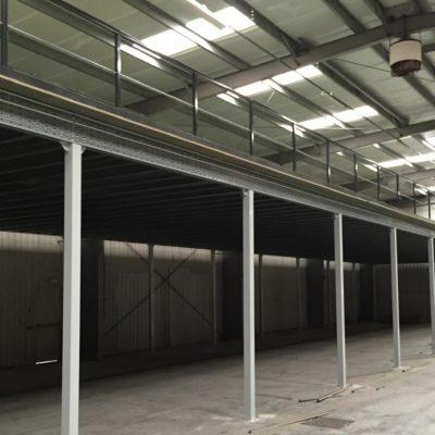 Plateforme / Mezzanine industriel de stockage pour vos entrepôts BR Équipement.